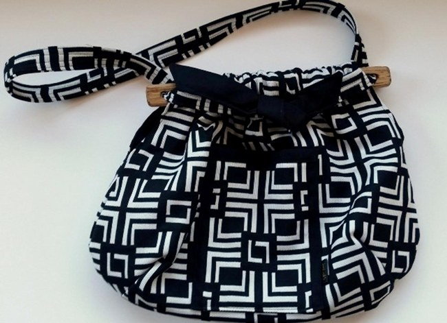 Click to view more Standard Purses Purses