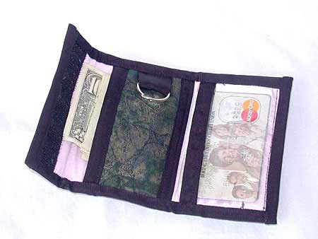 Tri-Fold Wallet with Key Ring